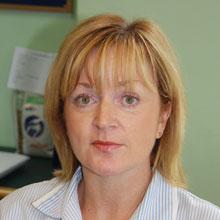 Donna Benton : Receptionist