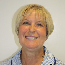 Beverley Brown : Receptionist