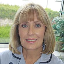 Sharon Stratford-Tunn : Receptionist